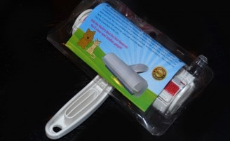Review Chom Chom Roller Pet Hair Remover The Conscious Cat